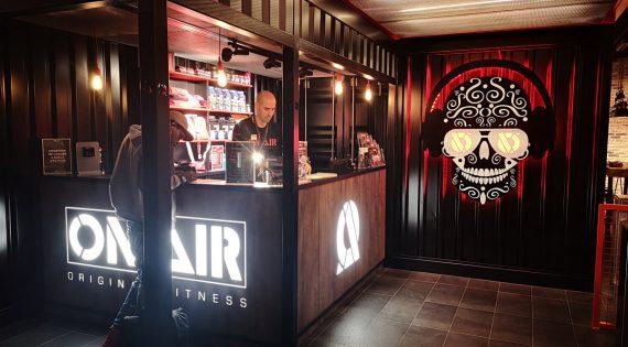 Réalisation de décorations industrielles pour ON AIR à Corbeil Essonne